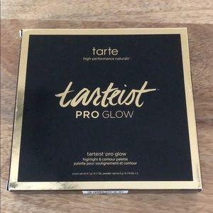 Tarte Tarteist ProGlow Highlight & Contour Palette